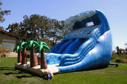 Tsunami inflatable slide