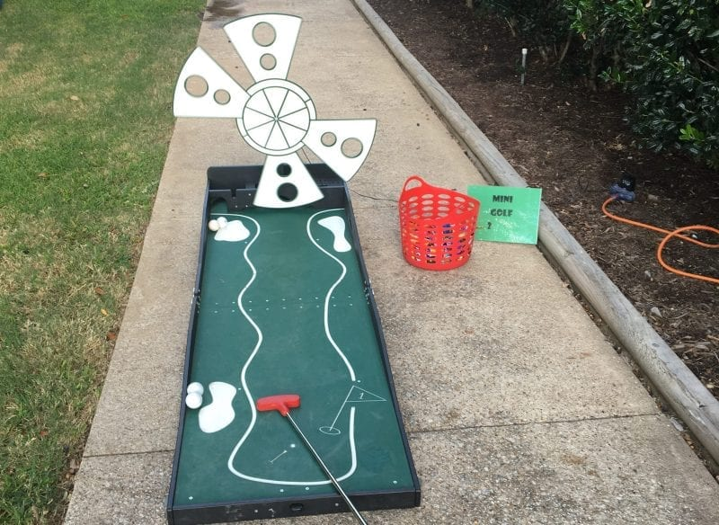 Mini Golf Carnival Game